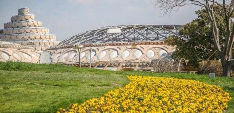 بازدید مجازی از فرش گل در کاخ مروارید