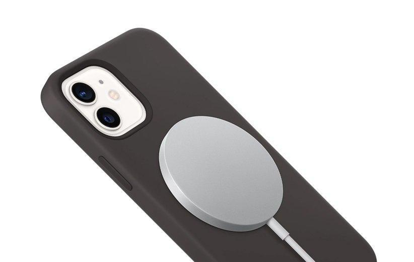شارژر مگ سیف اپل نشانه ای برای معرفی آیفون های بدون پورت شارژ است