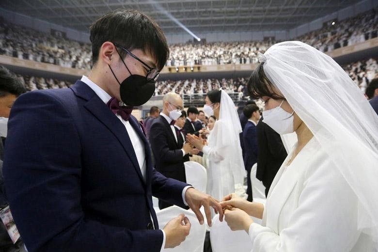 مراسم عروسی بی برو برگرد شما را به کرونا مبتلا می نماید
