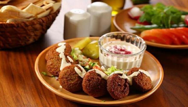 طرز تهیه فلافل لبنانی و نحوه سرو آن