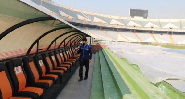 کوشش عوامل استادیوم آزادی برای ضدعفونی استادیوم در آستانه بازی استقلال و پیکان خبرنگاران